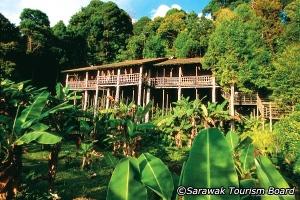 sarawa-longhouse