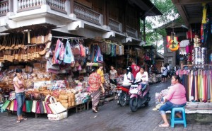 travel-with-vibes-Shopping-in-Bali