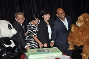 Mr. Chee Pey Chang, Mandira Bedi, Ms. Isabel Cheng and Mr. G.B. Srithar at the IMC 3 launch event of Singapore tourism Board