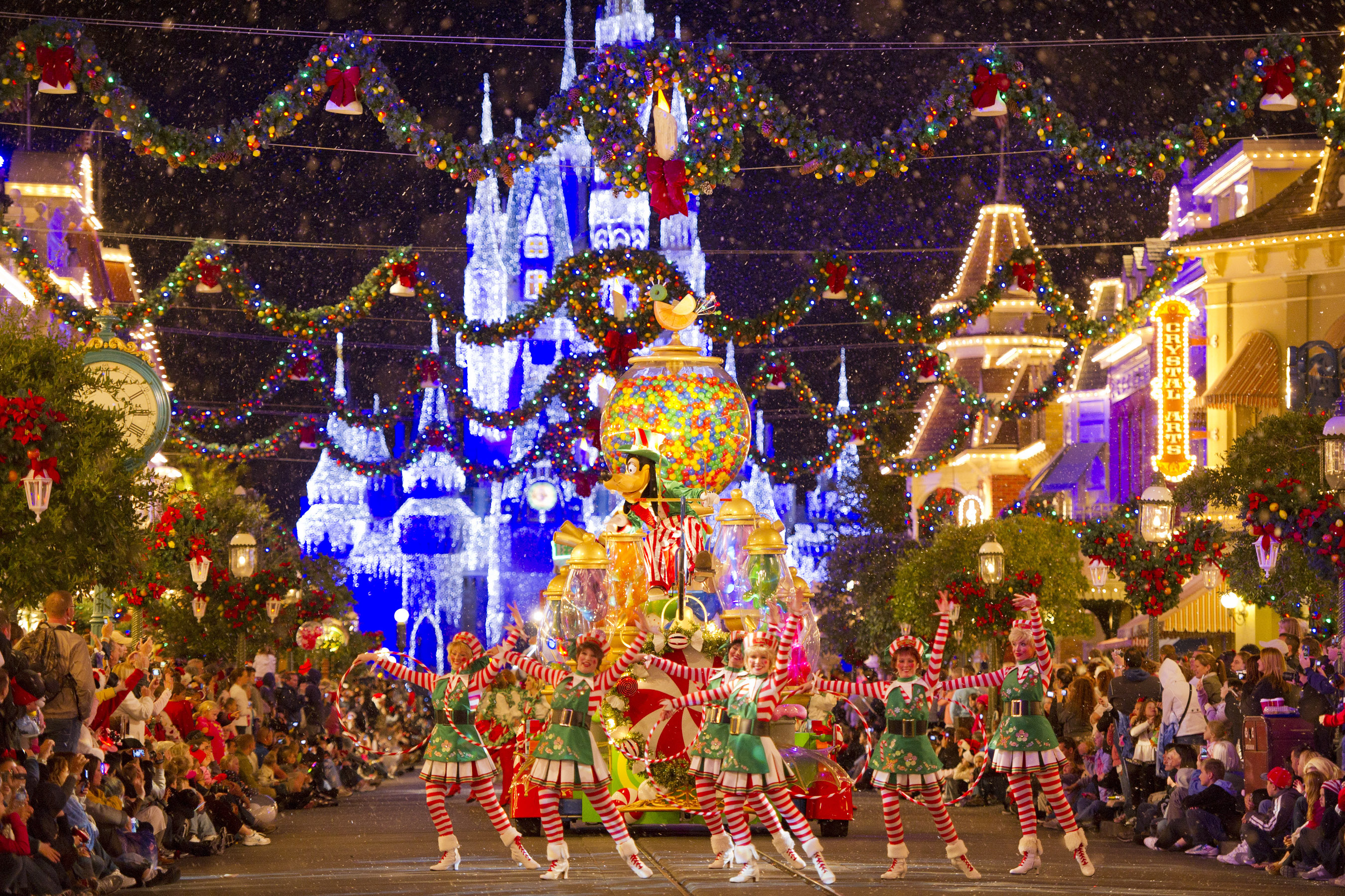 Orlando offer unique 59 days of winter holiday travel knots for Unique holidays