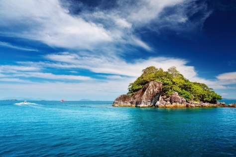 5 tropical_islands_trat_archipelago_thailand_shutterstock_59555962