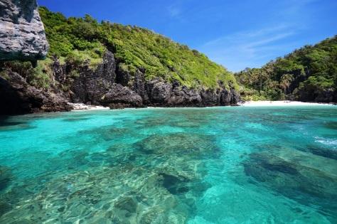 6 tropical_sea_phi_phi_island._thailand_shutterstock_164240123_0