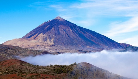9 mt_teide_a_volcano_in_the_canary_islands_with_a_blue_sky_background_shutterstock_96132746