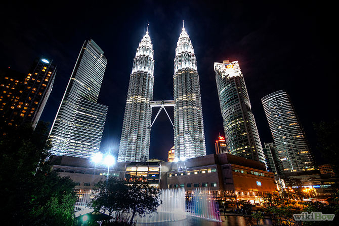 https://travelknots.files.wordpress.com/2014/11/670px-visit-the-petronas-twin-towers-step-1.jpg