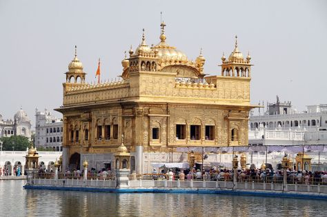 800px-Hamandir_Sahib_(Golden_Temple)