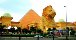 Sunway_Pyramid_shopping_mall_td8jn5