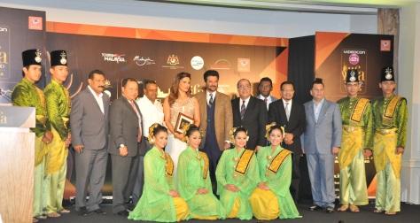 Sabbas Joseph(IIFA Director), Andre Timmins(IIFA Director), Bipasha Basu, Anil Kapoor, Zulkefli Hj Sharif CEO MyCEB & Tony Nagamaiah - GM, MME and Mr. Mahmoud Skaf, GM Ritz Carlton KL1