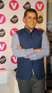 Channel V launches GUMRAH the book unveiled by best-selling author Ira Trivedi and Chetan Bhagat (foreword written by him) (14)