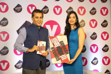 channel-v-launches-gumrah-the-book-unveiled-by-best-selling-author-ira-trivedi-and-chetan-bhagat-foreword-written-by-him.