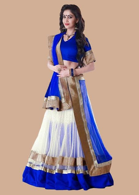 gorgeous-electric-blue-white-from-triveni-sarees