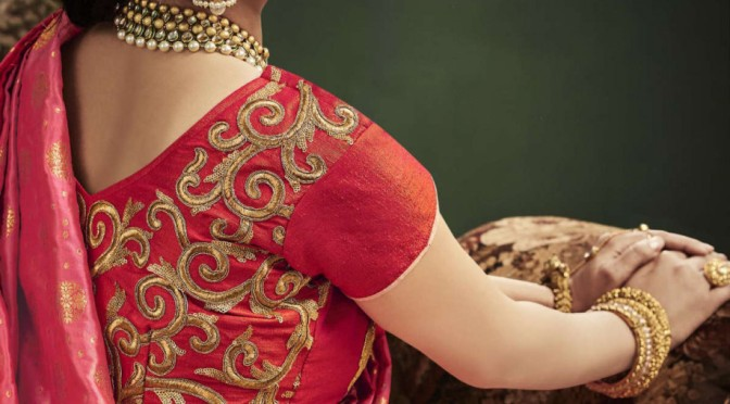 Swirl to the Dandiya beats this Navratri…